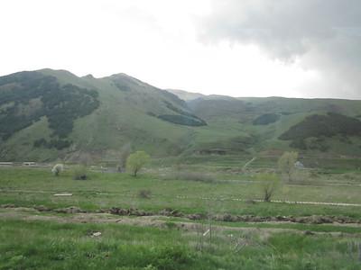 2011 05-11 Mountaineous landscape surrounding Vanadzor.  LF
