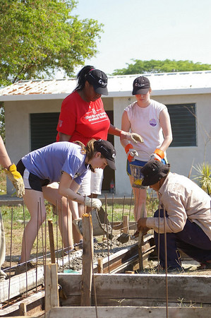 2011 03  North Carolina State University Global Builders work team.      Adam Culley