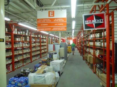 2010  07-02  Hardware store.  bp