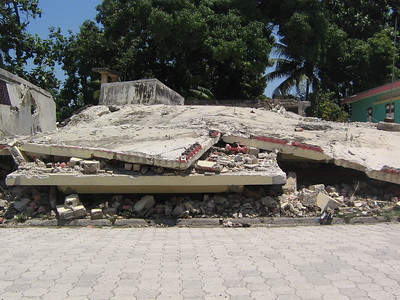 10 04   Earthquake damage in Leogane (used to be a 3-story building)  Heather Nozea