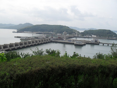 10 09  West Sea Barage, a huge complex of levees, dams and locks that separates the Taedong River from the ocean, keeping sea water out of the lower river basin so that the fresh water can be used for agriculture. It was built in 5 years by some 40,000 soldiers.   ds