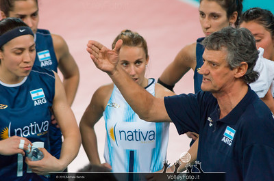 Guillermo Orduna [ARG Coach] during a time out