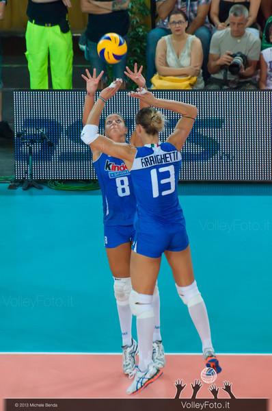 Noemi Signorile alza la palla per Valentina Arrighetti [ITA]