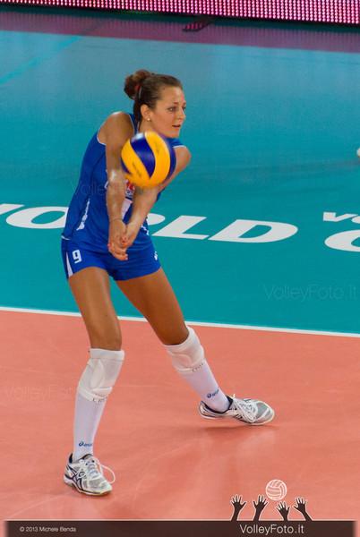Caterina Bosetti [ITA] riceve.