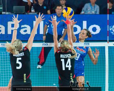 Caterina Bosetti [ITA] attacks vs Anja Brandt Margareta Kozuch [GER] block