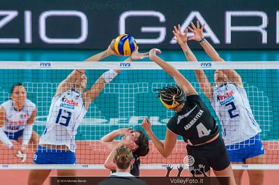 Valentina Arrighetti [ITA] blocks the ball attacked by Lyudmila Anarbayeva [KAZ]