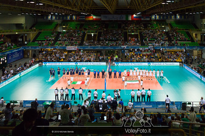 Presentazione squadre - Italia-Iran, World League 2013 - Modena