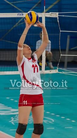 BEN HALIMA Meserra, setting the ball