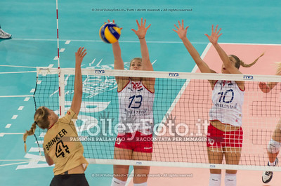 Maren BRINKER, attacks, Samanta FABRIS, Ivana MILOŠ, block