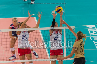 Margareta KOZUCH, attacks, Ivana MILOŠ, Mia JERKOV, block