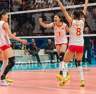 Xiaotong LIU, Xinyue YUAN, Chunlei ZENG, celebrates after scoring a point