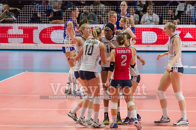 usa, celebrates after scoring a point