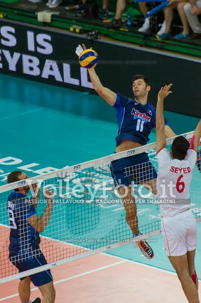 Simone Buti, attack