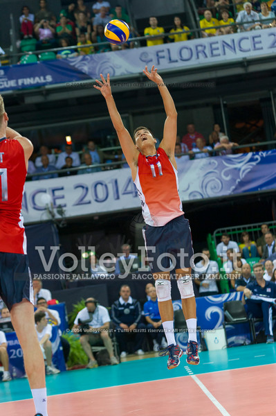 Micah Christenson, sets