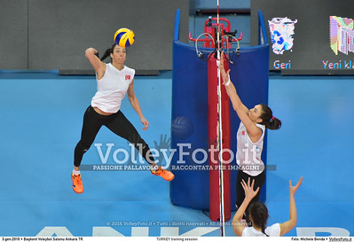 TURKEY training session 2016 European Olympic Qualification - Women | Başkent Voleybol Salonu Ankara, Türkiye, 03.01.2016 FOTO: Michele Benda © 2016 Volleyfoto.it, all rights reserved [id:20160103.MB2_5623]