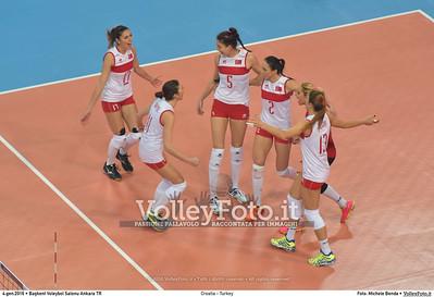 Croatia - Turkey POOL A - 2016 European Olympic Qualification - Women | Başkent Voleybol Salonu Ankara, Türkiye, 04.01.2016 FOTO: Michele Benda © 2016 Volleyfoto.it, all rights reserved [id:20160104.MB2_7168]