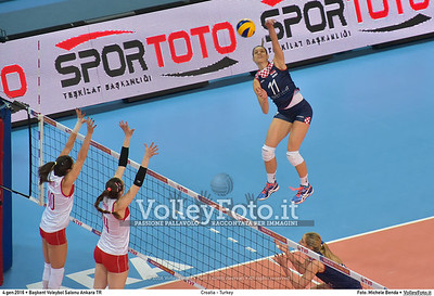 Croatia - Turkey POOL A - 2016 European Olympic Qualification - Women | Başkent Voleybol Salonu Ankara, Türkiye, 04.01.2016 FOTO: Michele Benda © 2016 Volleyfoto.it, all rights reserved [id:20160104.MB2_7171]