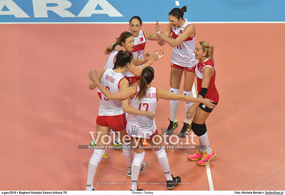 Croatia - Turkey POOL A - 2016 European Olympic Qualification - Women | Başkent Voleybol Salonu Ankara, Türkiye, 04.01.2016 FOTO: Michele Benda © 2016 Volleyfoto.it, all rights reserved [id:20160104.MB2_7153]