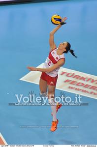 Croatia - Turkey POOL A - 2016 European Olympic Qualification - Women | Başkent Voleybol Salonu Ankara, Türkiye, 04.01.2016 FOTO: Michele Benda © 2016 Volleyfoto.it, all rights reserved [id:20160104.MB2_7156]