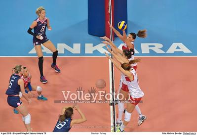 Croatia - Turkey POOL A - 2016 European Olympic Qualification - Women | Başkent Voleybol Salonu Ankara, Türkiye, 04.01.2016 FOTO: Michele Benda © 2016 Volleyfoto.it, all rights reserved [id:20160104.MB2_7164]
