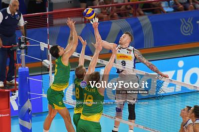 Ivan ZAYTSEV, against triple block of Australia