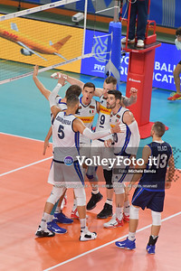 Italy Team, celebrates a point