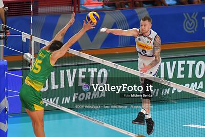 Ivan ZAYTSEV, against, Luke SMITH, #15 of Australia