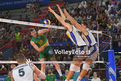 the attacks of, Lincoln Alexander WILLIAMS, #18 of Australia, blocked by, Matteo PIANO, #14 of Italy