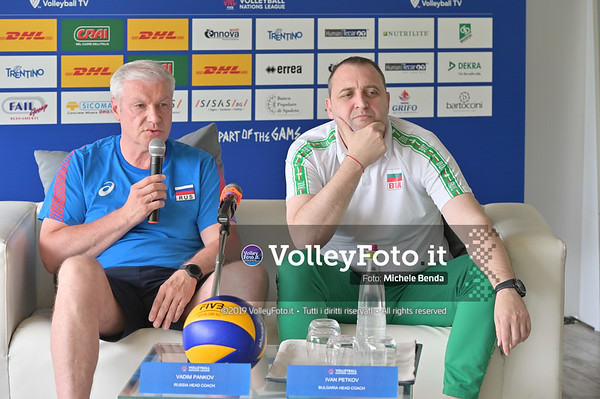 Ivan PETKOV e Vadim PANKOV durante VNL / Volleyball Nations League 2019 Women's - Pool 13, Week 4. IT, 10 giugno 2019 - Foto: Michele Benda per VolleyFoto.it [Riferimento file: 2019-06-10/NZ6_8827]