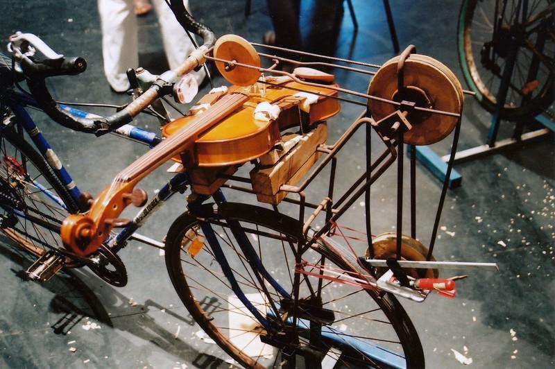 Jon Rose's Viola-Cycle (Sydney, Australia)