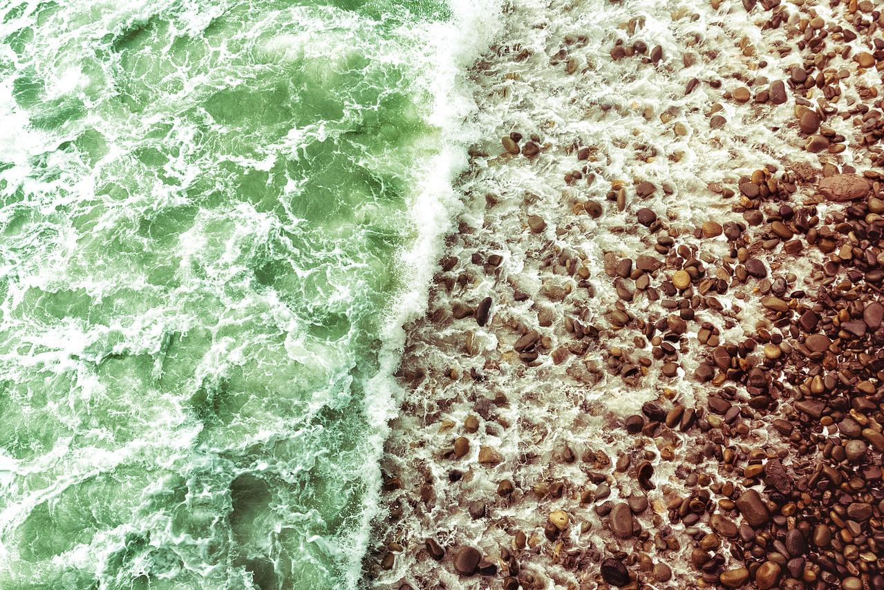 Shorebreak Symmetry
