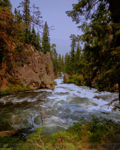 Deschutes River along Benham Falls Trail