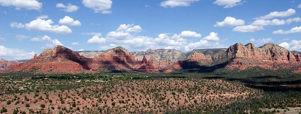 Sedona Mountains pano