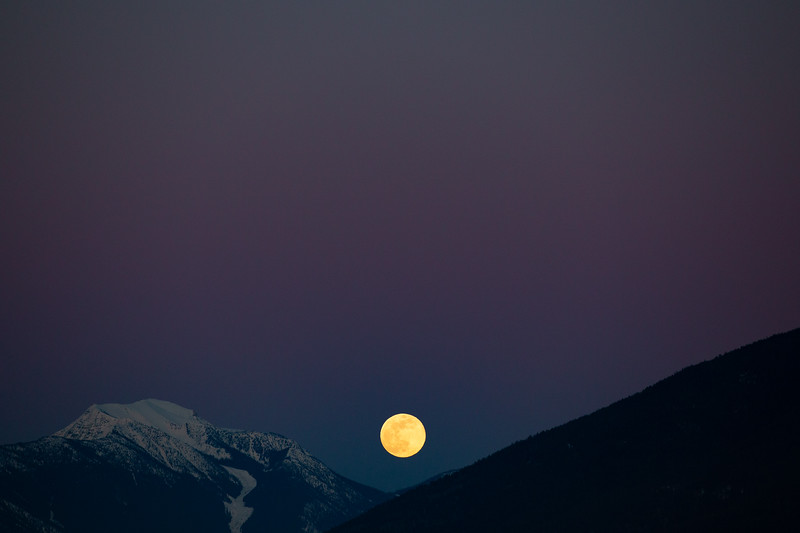 Full Moon Mountains