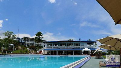 Panorama view of the pool area with the bar restaurant 'Pura Vida'