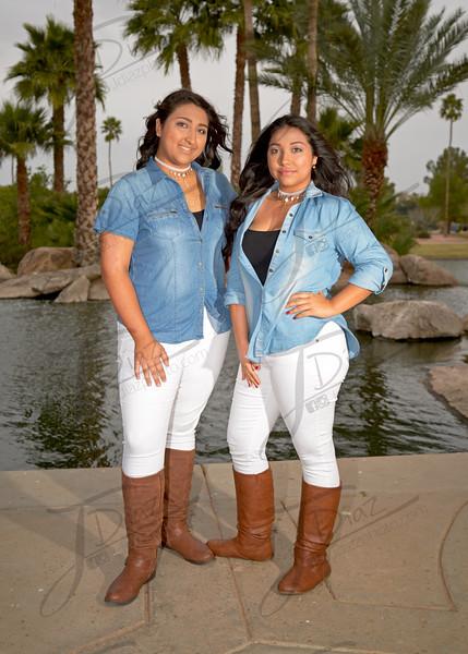 Evelynne y Joselynne 1B