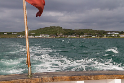 Departure from jetty of Baile Mor