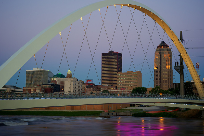 Des Moines walking bridge at sun rise