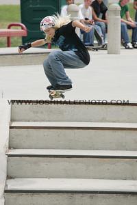 Skateboarding_24