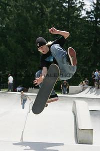 Skateboarding_18