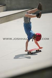 Skateboarding_02