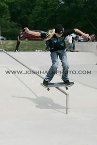 Skateboarding_16
