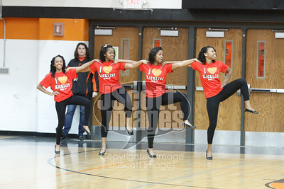 Waterloo-East-Trojans-Kickline-Dance-Team_mg_8291