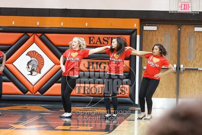 Waterloo-East-Trojans-Kickline-Dance-Team_mg_8299