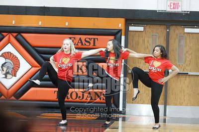Waterloo-East-Trojans-Kickline-Dance-Team_mg_8296