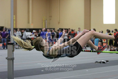 Iowa-High-School-Wartburg-Indoor-Track-senior-photos-senior-pics-50701-0031