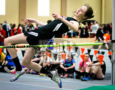 Iowa-High-School-Wartburg-Indoor-Track-senior-photos-senior-pics-50701-0051