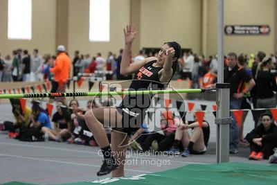 Iowa-High-School-Wartburg-Indoor-Track-senior-photos-senior-pics-50701-0044