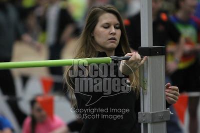 Iowa-High-School-Wartburg-Indoor-Track-senior-photos-senior-pics-50701-0042