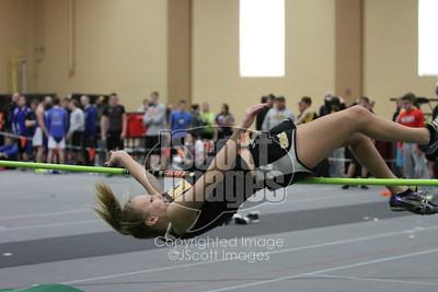 Iowa-High-School-Wartburg-Indoor-Track-senior-photos-senior-pics-50701-0026